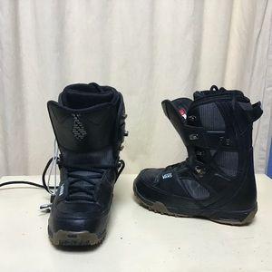 Men's Black Vans Ski Boots